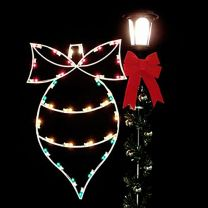 4' Silhouette Ornament w/Bow, LED